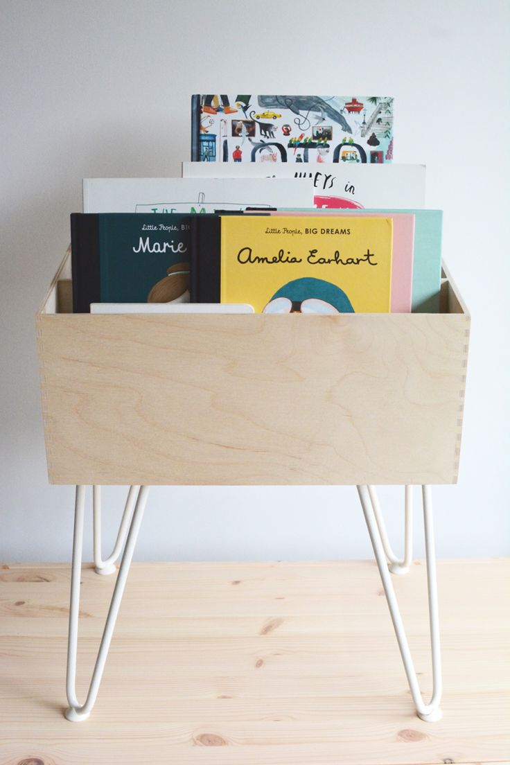 Weald Blog - DIY Kids Book Storage - IKEA Moppe and The Hairpin Leg Co #ikeahack #ikeamoppe #thehairpinlegco