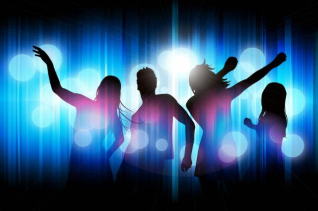 Entertainment, food and music ideas for an after prom party - Ideas for post prom