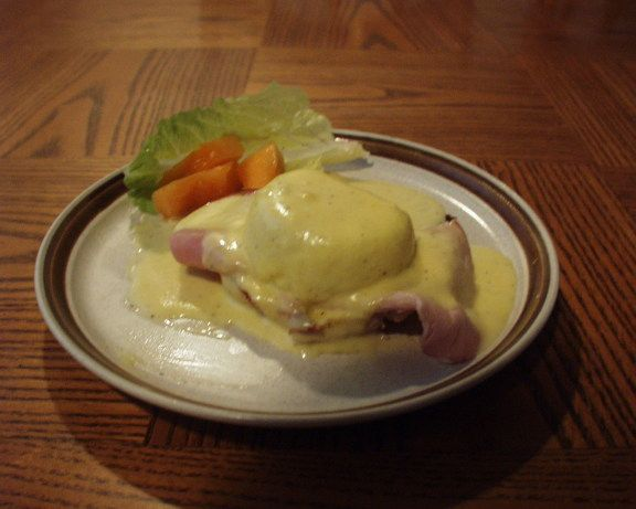 Now Eggs Benedict is still a possibility for those unable to have dairy. I used to use the Knorr package of Hollandaise Sauce but unfortunately it has dairy in it, so decided to come up with my own version. I think the taste is quite similar, and it makes more than enough sauce for two servings of Eggs Benedict. Also would be so good to serve with fish or on vegetables.