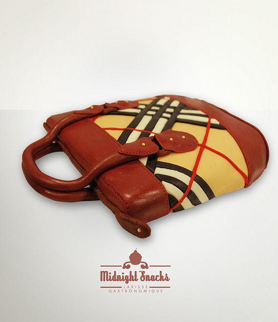 Burberry Purse Cake | Burberry Bag Cake