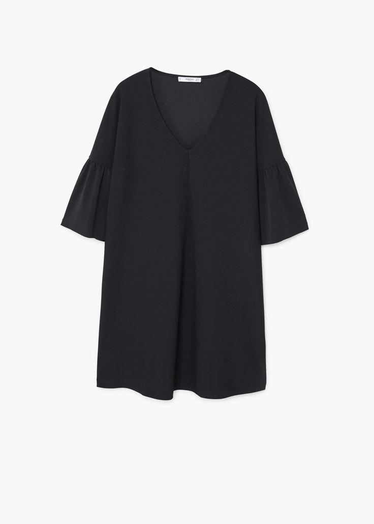 https://shop.mango.com/pl/kobieta/sukienki-krotkie/sukienka-z-rozszerzanymi-rekawami_11073715.html?c=99&n=1&s=prendas.familia;32