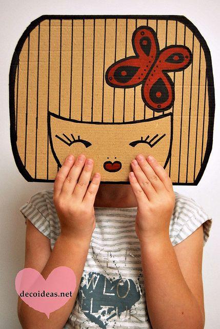 Las Kokeshi Doll han sido un éxito total en nuestro círculo familiar y por eso estamos haciendo más muñequitas japonesas de cartón...