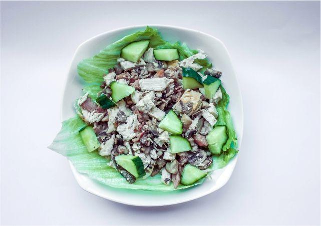 Chicken, Bacon & Mushroom Salad #food #dessert #foodblog #foodblogger #meal #mealidea #recipe #salad #chickensalad