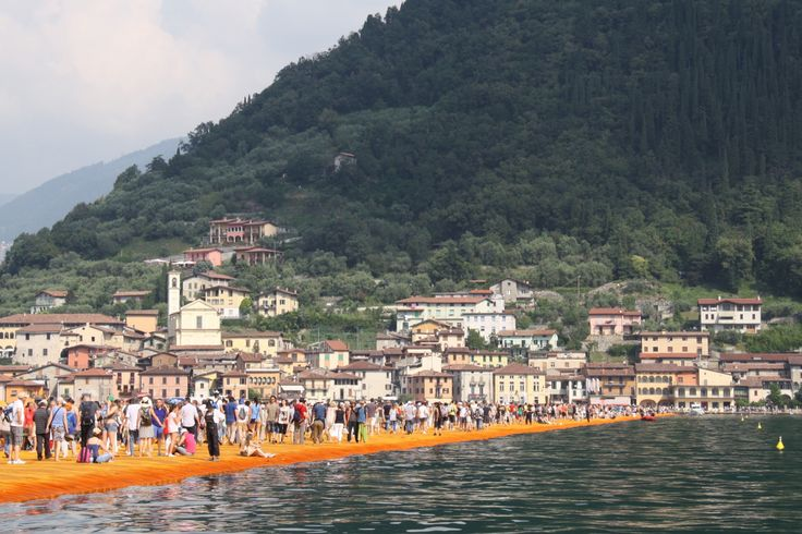 The floating piers, lago D'Iseo, iseo lake, Christo, 2016