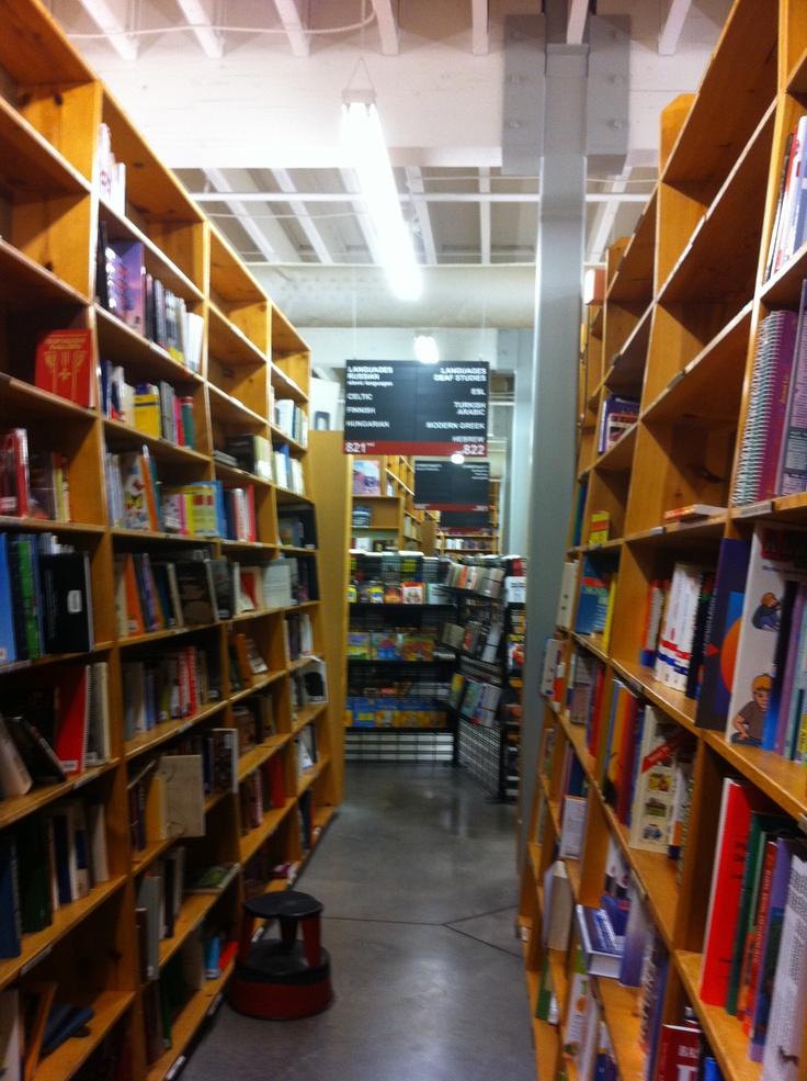 alyssa sm powells bookstore - 736×985