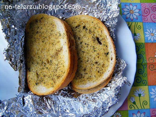 Chleb z grilla czosnkowy