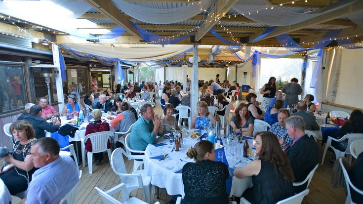 Emu Ridge were thrilled to host the 2016 Kangaroo Island Year 12 Formal. It was such a beautiful evening with the students designing and setting up the event themselves.