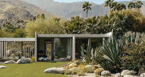 Kaufmann House in Palm Springs, California. 1946. Richard Neutra, architect