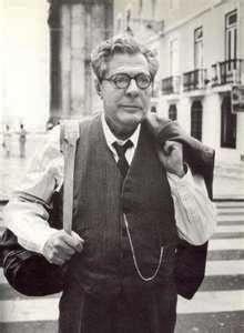 """Marcello Mastroianni in Lisbon - Pereira Mantains (1995) """"."""
