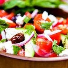 Elizabeth Perkins' Greek Salad (via www.foodily.com/r/9851a7eb58-elizabeth-perkins-greek-salad-by-cristina-ferrare)