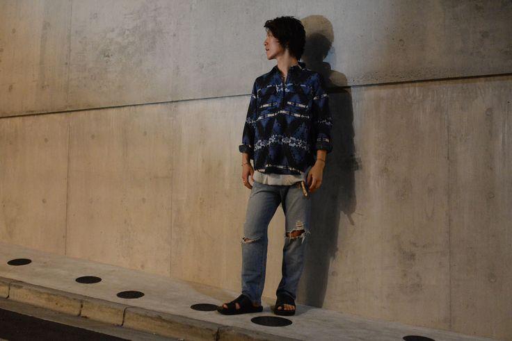 (jeudi★Style)No,132 シャツ♦CHAPS ネイティブ柄ハーフボタンシャツ ¥5,000(TAX IN) http://jeudi-japan.com/?pid=122032210 インナー♦wings + horns(私物) パンツ♦J.BRAND(私物) ブレスレット♦(モデル私物)  サンダル♦(モデル私物) SPECIAL THANKS !!YUTA☆★☆