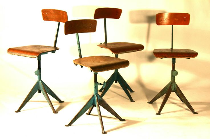 Set of industrial chairs bob olive objetos - Mobiliario vintage industrial ...