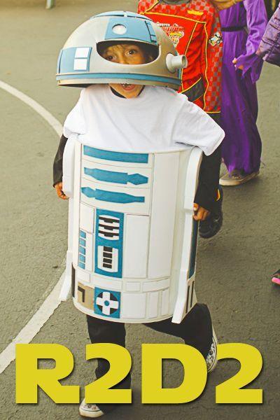 Homemade R2D2 costume for Halloween! #starwars & 126 best Star Wars images on Pinterest | Star wars crafts Star ... pillowsntoast.com