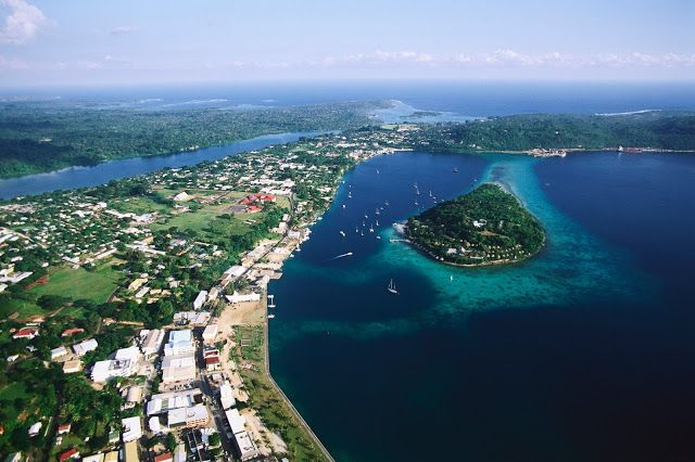 Порт-Вила - столица и единственный город республики Вануату. - Port Vila - the capital and only city of the Republic of Vanuatu.