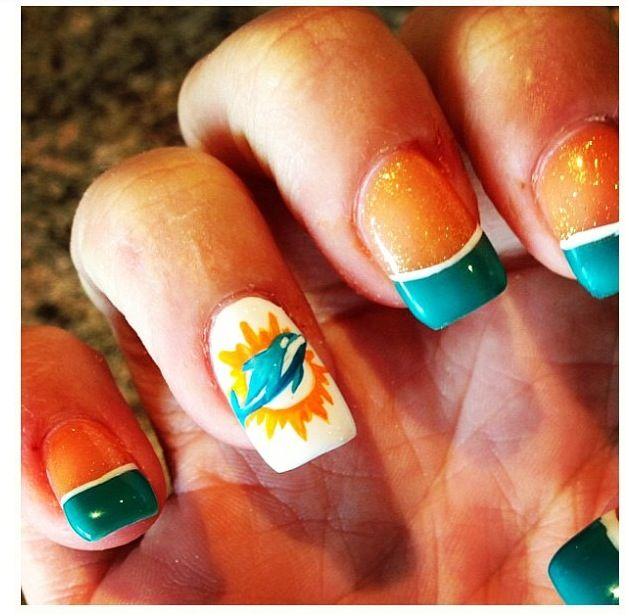 Miami dolphins nail art