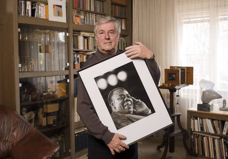 Markovics Ferenc - Famous hungarian photographers posing with their most iconic works.