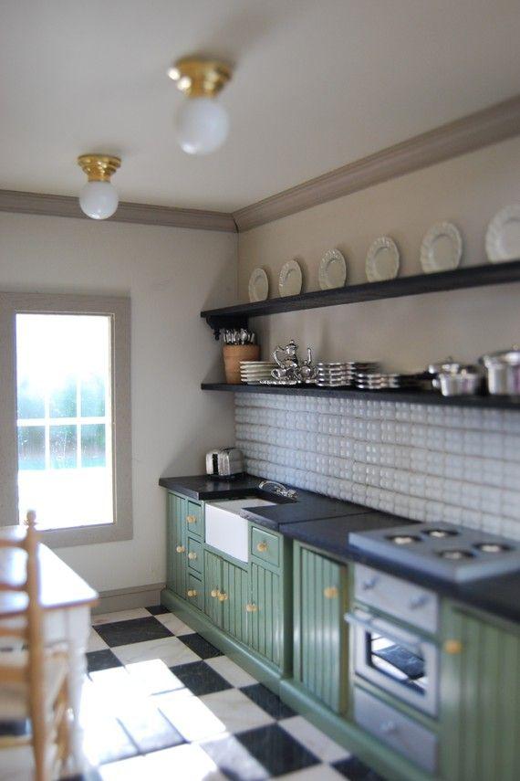 miniature dollhouse kitchen