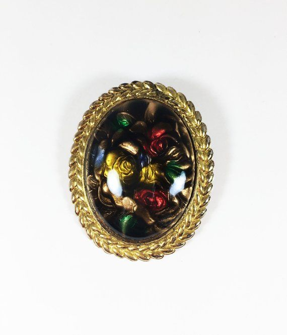 Vintage Leaf Gold Tone Red Green Stone Pin Badge Brooch
