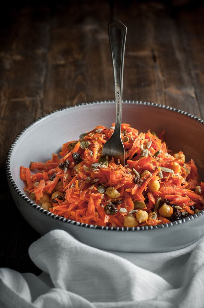 Healthy fall carrot salad with Halloween colors made from tons of pantry staples!