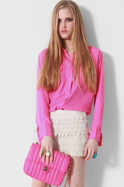 how to wear a hot pink skirt