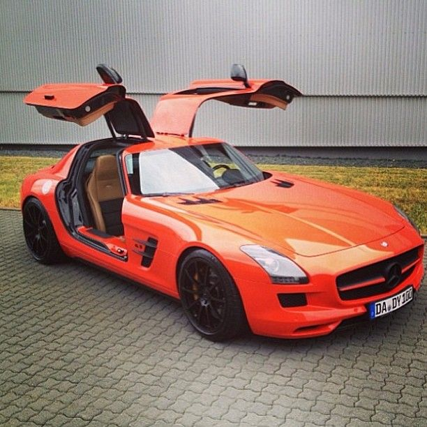 Mercedes SLS AMG! Orange Crush