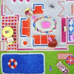 Ivi Play rug with closeup of detail