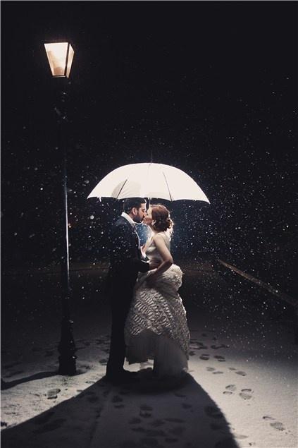 Winter wonderland: romance in the snow in Cheshire - Winter wedding