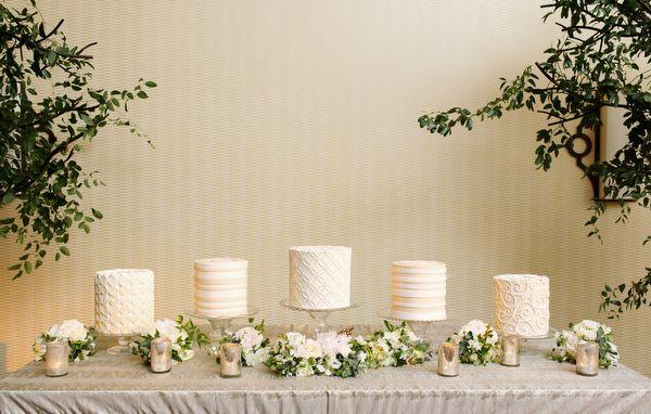 white cake buffet | Elisabeth Millay