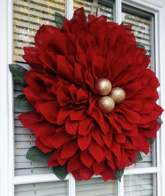 Christmas Wreath Poinsettia   25+ Beautiful Christmas Wreaths