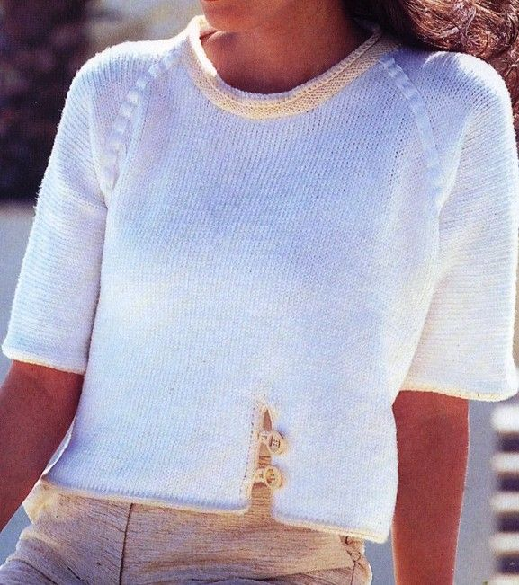 Free Knitting Patterns - Short-sleeved sweater with faux raglan seams
