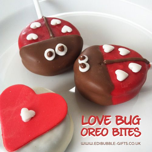 'Love Bug' Oreo Pops. Cute little #wedding favours your guests certainly won't forget!!  Available from www.edibubble-gifts.co.uk