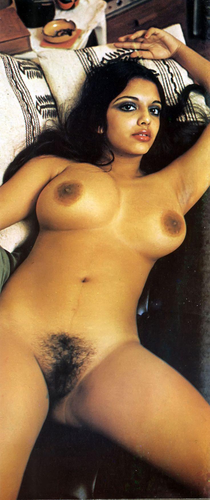 Nude Indian women natural