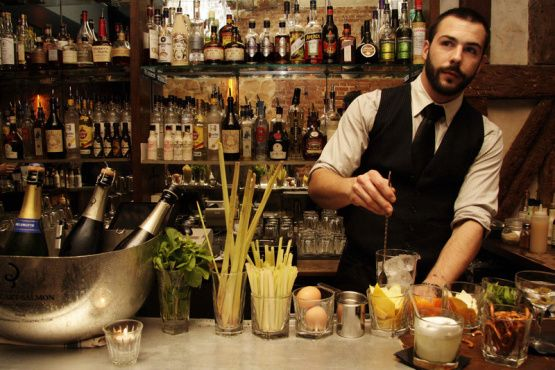 Experimental Cocktail Club | 37 rue Saint-Sauveur 2e | Bars and pubs | Time Out Paris