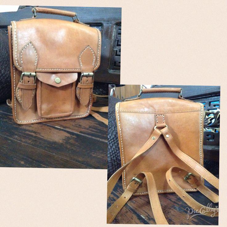 tas ransel kecil dengan bahan kulit asli :) Ukuran 20x8x23 idr 300.000  #ranselkulit #tasunik #taskulit #ranselmini #jogja #leatherbag #leather #kulit #olshopjogja