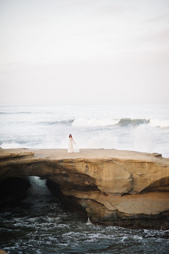 cliffside bridal inspiration | wedding photography | sunset cliffs | san diego | epic landscape | whiskers and willow photography