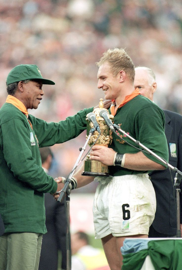 Nelson Mandela and Francois Pienaar - Rugby World Cup 1995. This moment changed the game in South Africa.