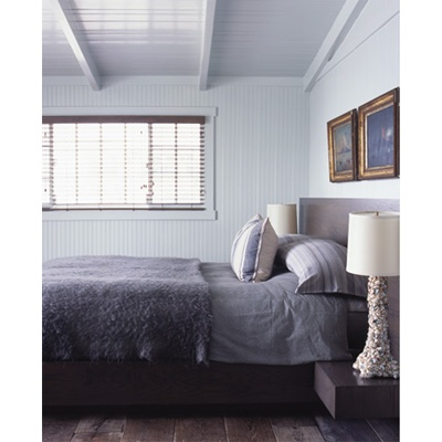 soft colorsGrey Walls, Cottages Style Bedrooms, Cottages Ideas, Pale Grey, Dreams Cottages, Studios Couch, Beams Ceilings, Gray Bedrooms,  Day Beds