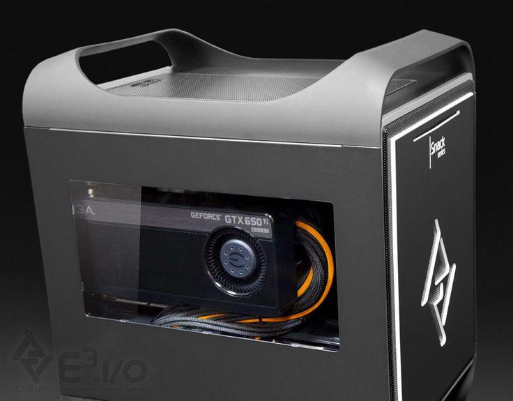 Details E3iO Custom Computer Snack Right Black