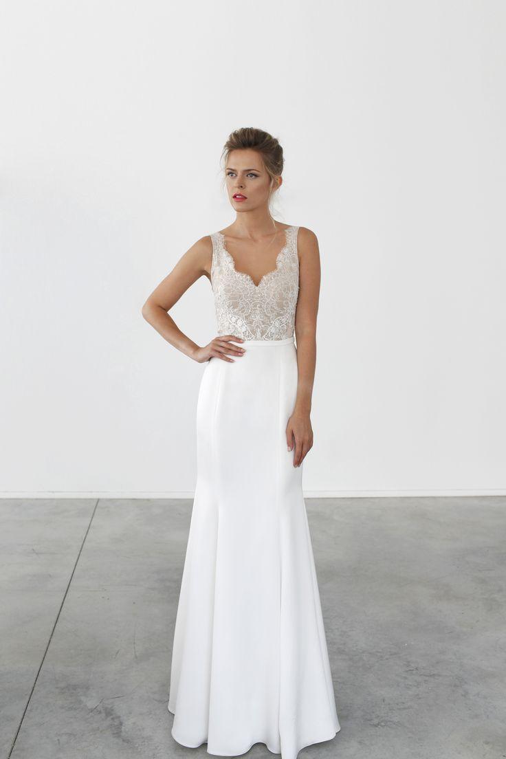 Best 25+ Modern wedding dresses ideas on Pinterest | Sleek ...