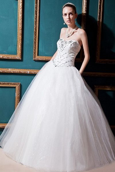 Sweetheart Ball Gown Tulle Wedding Dresses wr0146 - http://www.weddingrobe.co.uk/sweetheart-ball-gown-tulle-wedding-dresses-wr0146.html - NECKLINE: Sweetheart. FABRIC: Tulle. SLEEVE: Sleeveless. COLOR: White. SILHOUETTE: Ball Gown. - 140.59