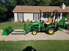 2015 John Deere 1025R TLB Backhoe ( 1023E 1026R 2210 2305 ) only 21 hours!backhoe loader financing apply now www.bncfin.com/apply