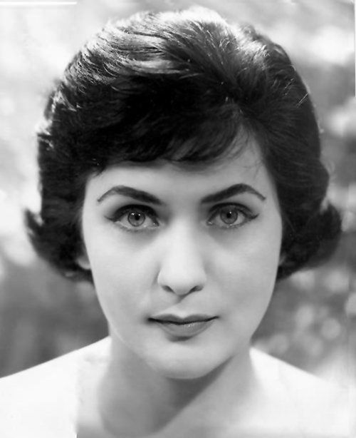 "Interview with Virginia Zeani at 90 ""My brain believes that I'm eternally young"" - Virginia Zeani in an early publicity portrait"