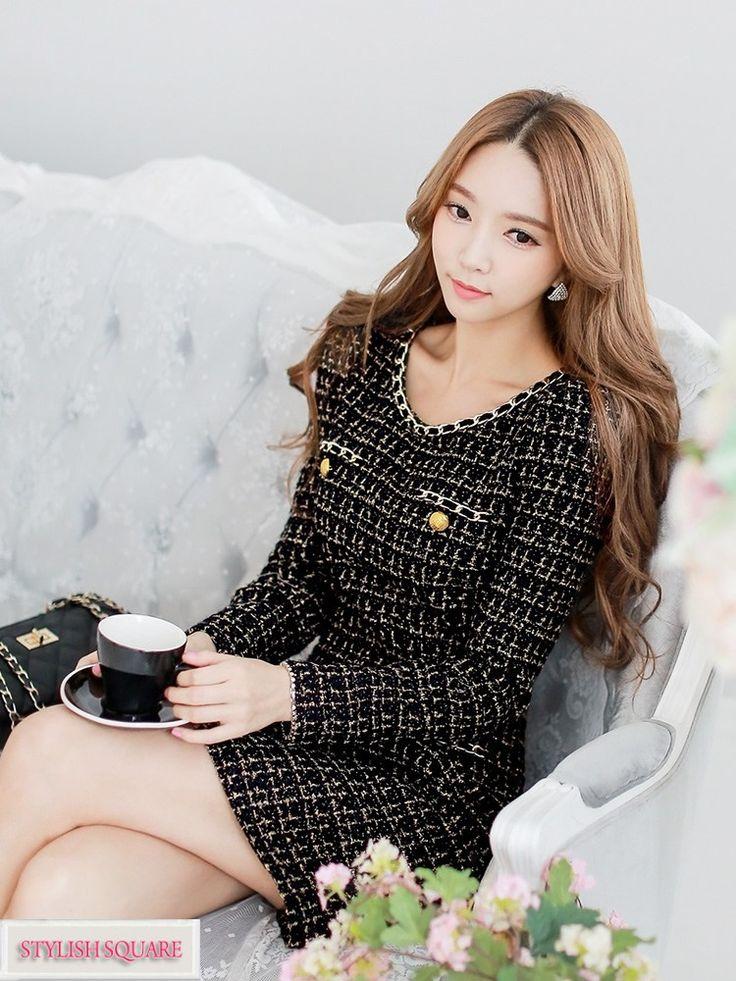 Gold Chain Long-Sleeved Woolen Dress