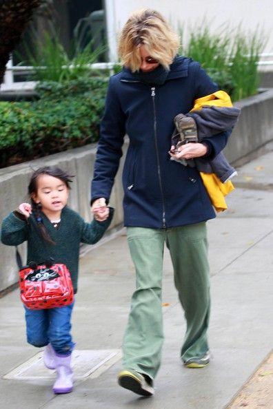 Meg Ryan and her daughter Daisy True Ryan.....so cute !