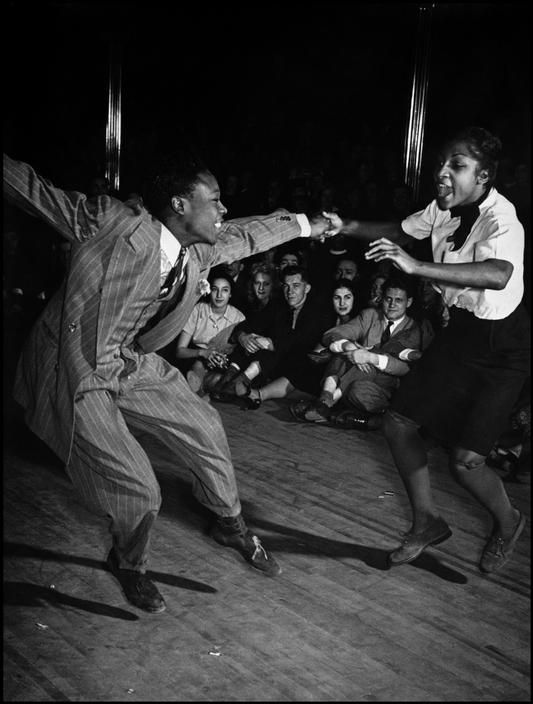 Savoy Ballroom inHarlem, 1939, photo by Cornell Capa