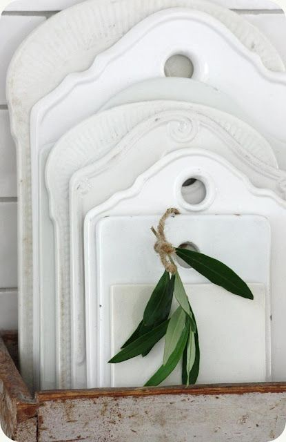 antique porcelain cutting boards...cool!