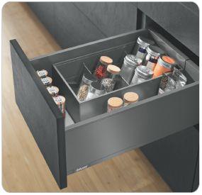 Blum Products - Box systems - LEGRABOX application 3 Kitchens