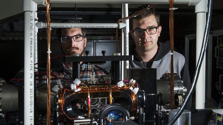 """""""Physicists at The Australian National University (ANU) have brought quantum computing a step closer to reality by stopping light in a new experiment."""" http://ift.tt/2dfD7nc"""