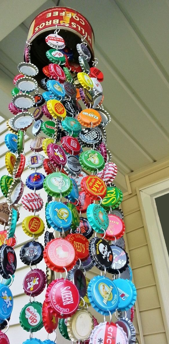 DIY project du jour: Make a wind chime from bottle caps.  Materials: An old tin/can/colander for the top, bottle caps, wire (or jump rings),...