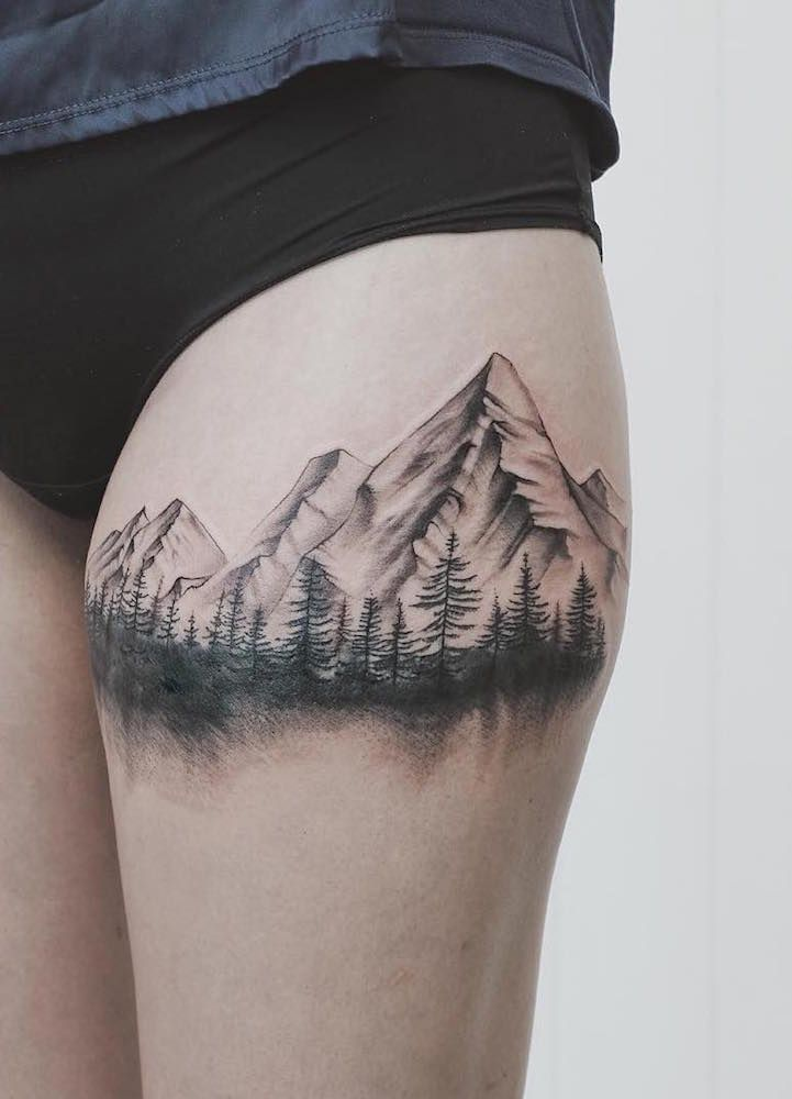 les 25 meilleures id es de la cat gorie tatouages montagne sur pinterest tatouages nature. Black Bedroom Furniture Sets. Home Design Ideas